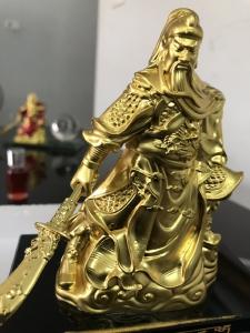 Tượng quan công vàng