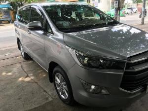 Bán Xe Toyota Innova 2018 màu bạc số sàn xe không kinh doanh