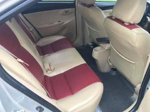 Cần bán xe Vios 2017, số sàn, màu bạc, gia đình sử dụng rất kỷ còn mới tinh