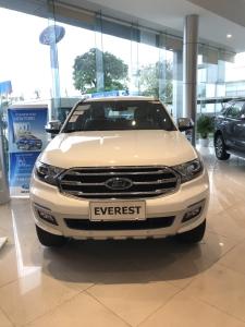 Ford Everest - Nhập Khẩu - Đủ màu - Ưu đãi 100tr