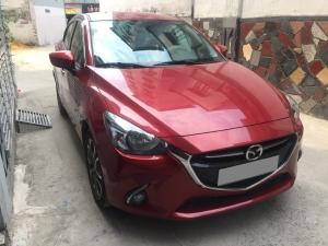 Bán Mazda 2 màu đỏ 2017 tự động xe rất đẹp và mới