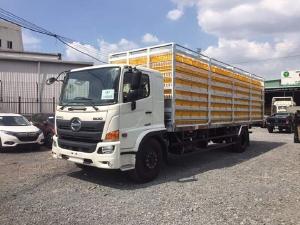 Xe tải chở Gia CầmHINO FG tải 6 tấn chứa được 357 lồng - Trả Góp