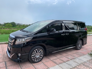 Toyota Alphard 2018 đen