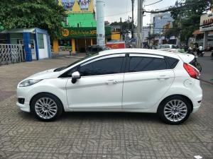 Fiesta S 2014, số tự động, màu trắng tinh