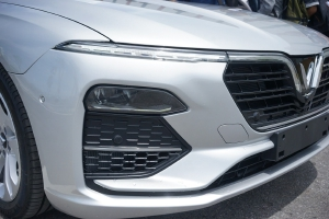 Báo giá xe VinFast Lux A 2.0
