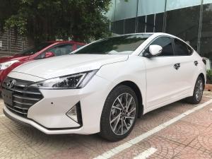 Hyundai Elantra 2.0 at , xe hyundai elantra 2.0 số tự động bản đặc biệt , hyundai hà tĩnh elantra