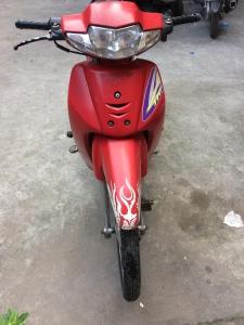 Cần bán xe Wave 2006 đỏ cờ còn mới, đẹp, phụ tùng tốt, giá rẻ.