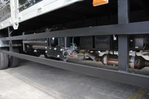 xe tải 6 tấn 5 - thùng dai 6m2 - động cơ cummins 3.8L - hỗ trợ mua trả góp
