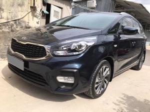 Bán Kia Rondo GAT tự động 2019 màu đen xe như mới