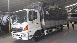 Xe tải Hino FC Tải 6 Tấn ( thùng bửng nhôm), Trả trước 300 triệu