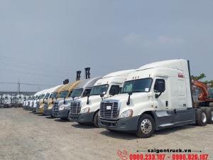 Bán Đầu Kéo Mỹ Freightliner Cascadia 2015 Model 2016