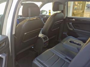 Xe SUV Tiguan đen Đức nhập ,miễn phí phí trước bạ