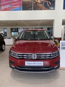 Xe Tiguan Allspace SUV 7 chỗ nhập khẩu, khuyến mãi tháng 3 liên hệ Mr Quân để có giá tốt nhất