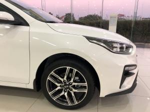 Cần bán Kia Cerato MT 2020 giá ưu đãi cực tốt. Hotline: Tâm 0938805635