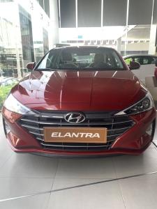 Hyundai Elantra 2020 giảm ngay 40tr, xe sẳn giao ngay, đủ màu, hỗ trợ ngân hàng.
