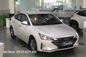 Bán xe Hyundai Elantra số sàn, SIÊU khuyến mãi tặng 50% trước bạ, 50% Phí biển số...