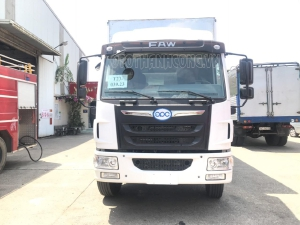Xe tải Faw 8 tấn thùng kín 2020 thùng dài 8m khuyến mãi 100% phí trước bạ