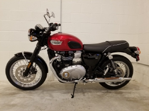 Triumph Bonneville T100 NEW 100%