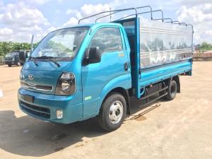 Cần Bán xe tải KIA K250 thùng mui bạt 2 tấn 4 ( 2,5 tấn). Hỗ trợ trả góp. Xe giao ngay