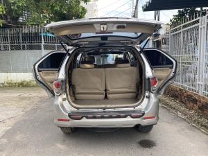 Toyota Fotuner 2016, số sàn, màu bạc