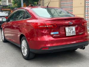 Bán xe ford Focus titanium màu đỏ xe đẹp xuất sắc