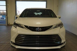 Cần bán Toyota Sienna 2.5Hybrid Platium 2021