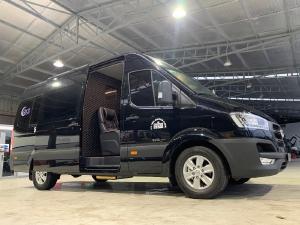 Hyundai Solati 16 cải tạo 5 chỗ ghế Limousine chỉnh điện - Đẹp nhất Việt Nam
