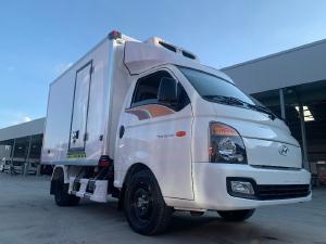 Hyundai Porter H150 thùng đông lạnh châu Âu - Trang bị đầy đủ như xe du lịch