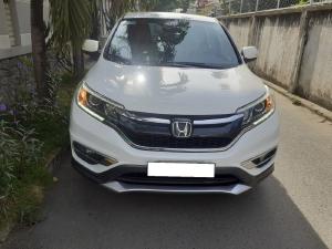 Gia đình bán Honda CRV 2015 mẫu mới, số tự động 2.0, màu trắng