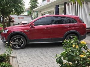 Tôi cần bán Chevrolet Captiva 2016 LTZ, tự động, màu đỏ