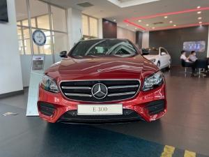 Bán xe Mercedes E300 2021, giá E300 2021, giá Mercedes E300 2021, giá xe Mercedes E300 2021 chính hãng - Ưu đãi đến 150Tr