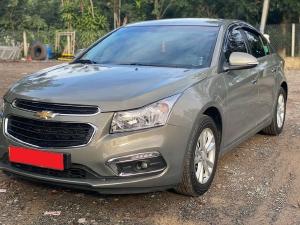 Cần bán Chevrolet Cruze 2017 LT, số sàn, màu xám