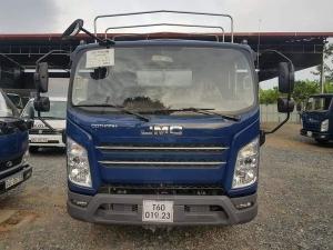 Xe tải Jac 6,5 tấn thùng mui bạt động Isuzu