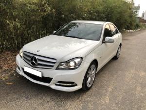 Nhà cần bán Mercedes C200 2012, số tự động, màu trắng