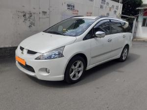 Mitsubishi Grandis 2012 limited, số tự động Full, màu trắng