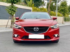Nhà mình đang cần bán Mazda 6 2016 2.5AT bản full màu đỏ