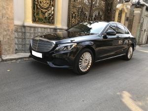 Mercedes C250 Exclusive 2016 số tự động, màu đen huyền