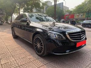 Mercedes C200 2020 Exclusive, tự động, Full màu đen