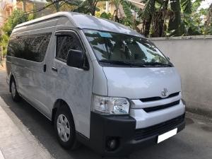bán Toyota Hiace 2018, số sàn, 16 chỗ, máy xăng, nhập Nhật, màu xám bạc