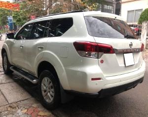 bán Nissan Terra 2019, số sàn, máy dầu, màu trắng