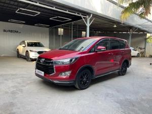 Cần bán xe Toyota Innova Venture 2018