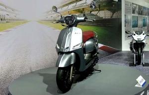 Xe tay ga Suzuki Saluto 125 dáng cổ điển, tham vọng cạnh tranh Vespa