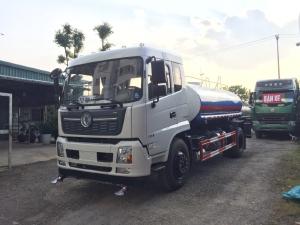 Xe bồn tưới rửa đường Dongfeng  bơm chuyên dùng lưu lượng 60m3/h.