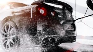 Tự rửa xe ô tô tại nhà nếu muốn xe bền đẹp thì tuyệt đối không nên làm những điều này