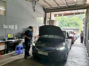 Hết hạn đăng kiểm ô tô, đi kiểm định xe có bị phạt theo Chỉ thị 16?