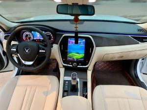 Cần Bán Lux A 2.0 Premium Bạc 2021 250 triệu lấy xe