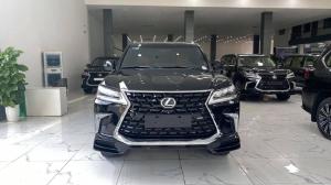Bán Lexus LX570 Super Sport 8 chỗ màu đen, sản xuất 2016, xe mới 99,9%.