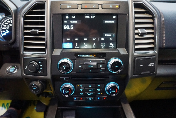 Ford F150 Limited 2019 | Nhập Mỹ Nguyên Chiếc | Giao Ngay Toàn Quốc 8
