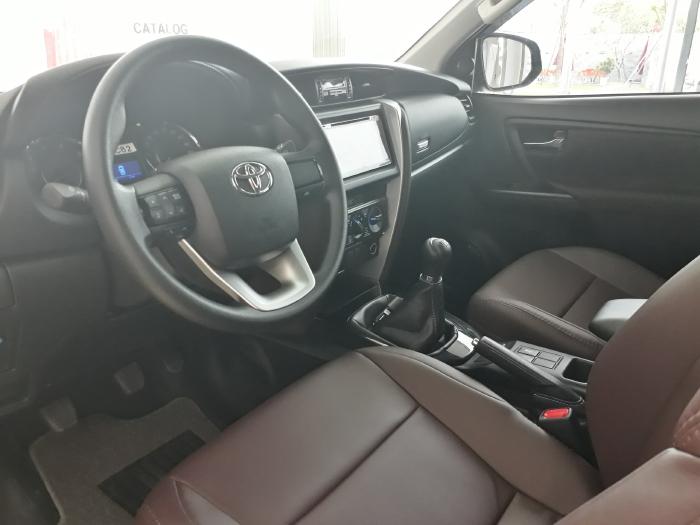 Báo Giá Mới Nhất Toyota Fortuner 2.4G AT Số Tự Động, Giá Cực Tốt, Xe Có Sẳn, Hỗ Trợ Trả Góp, Giao Ngay 3