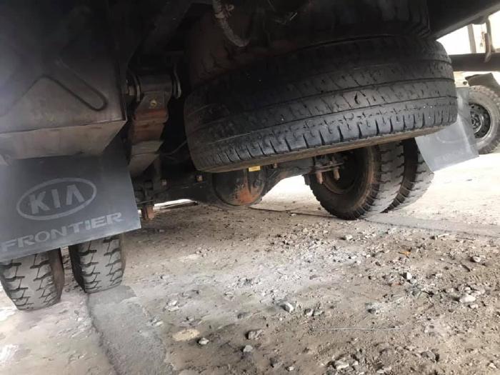 bán xe tải hyundai h100 thùng kín đời 2011 5